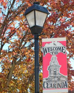 Lampost with welcome sign